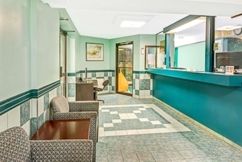 Picture of Super 8 by Wyndham Toronto East ON in Toronto