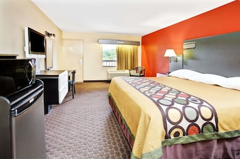 Picture of Super 8 by Wyndham Kissimmee/Maingate/Orlando Area in Kissimmee