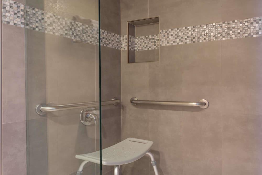 חדר, מיטת קווין, נגישות לנכים, ללא עישון (Mobility/Hearing) - חדר רחצה