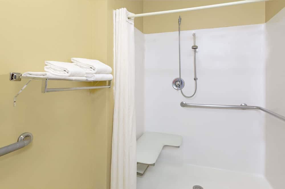 Zimmer, 1 Queen-Bett, barrierefrei, Nichtraucher - Badezimmer