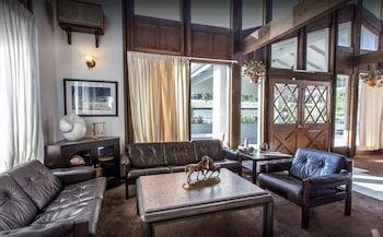 Picture of Estes Village Inn in Estes Park