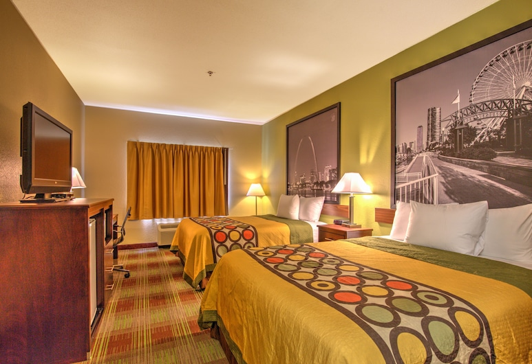 Super 8 by Wyndham Waterloo, Waterloo, Room, 2 Queen Beds, Guest Room