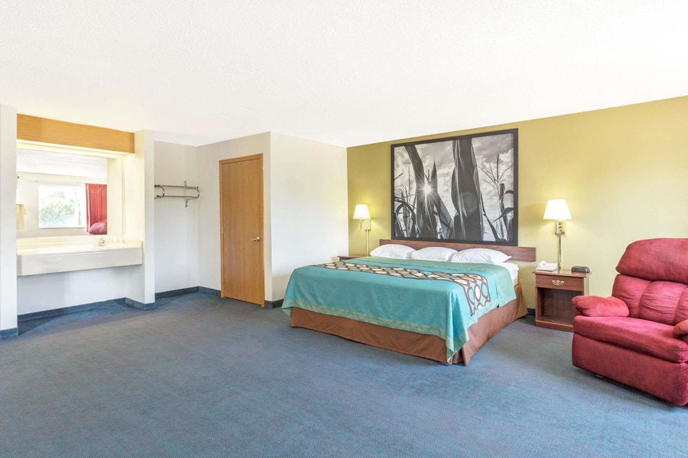 Suite, 1 Schlafzimmer, Nichtraucher (1 King Bed and 1 Double Bed) - Zimmer