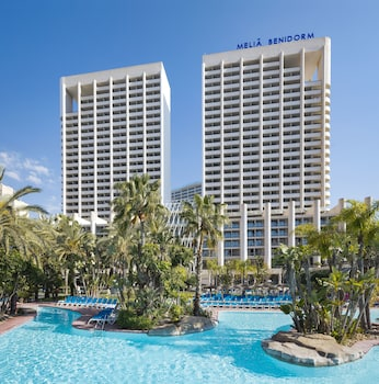 Enter your dates to get the Benidorm hotel deal