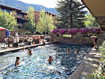 Picture of Aspen Square Condominium Hotel in Aspen