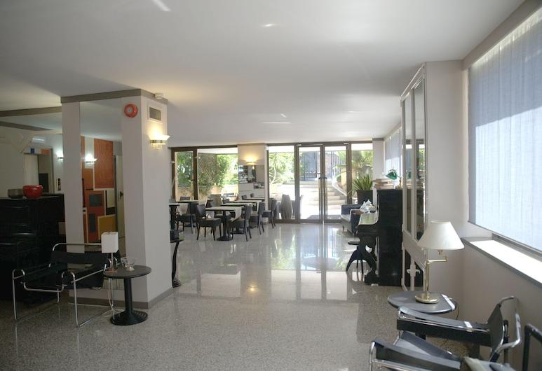 Hotel Desiderio, Rome, Lobby
