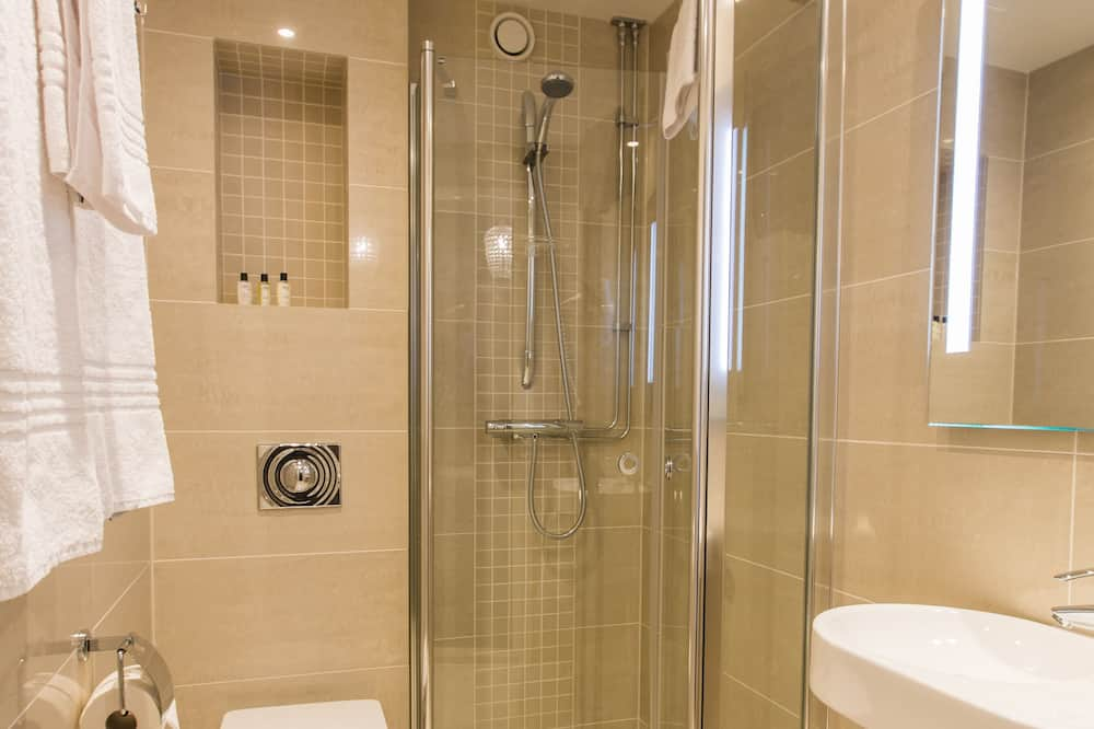 Standard Apartment, 1 Double Bed, Non Smoking, Balcony (with Single Sofabed) - Bathroom