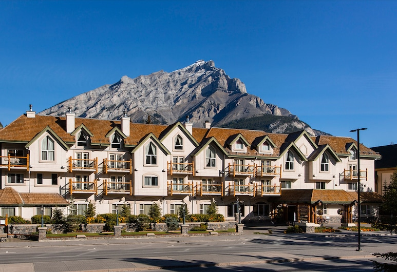 Rundlestone Lodge, Banff, Fachada del hotel