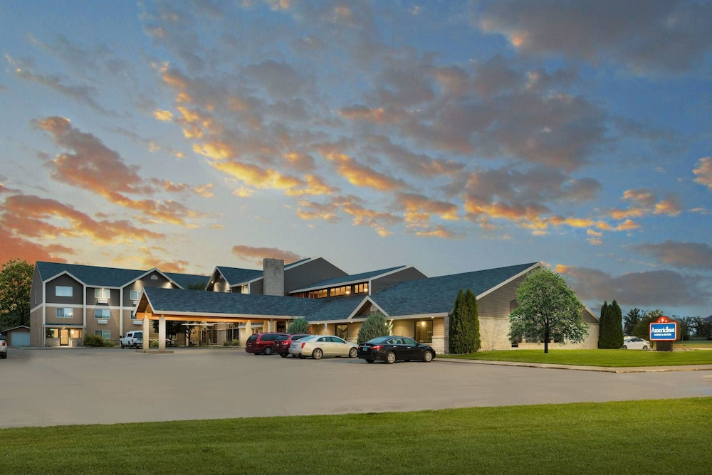 Americinn By Wyndham Valley City Conference Center