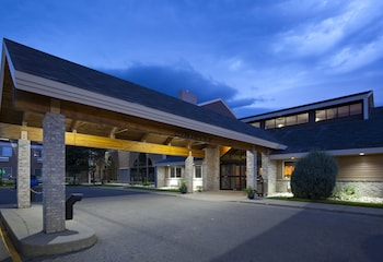 Picture of AmericInn Lodge & Suites Valley City - Conference Center in Valley City