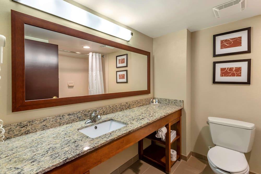 ห้องสวีท, ปลอดบุหรี่ - ห้องน้ำ