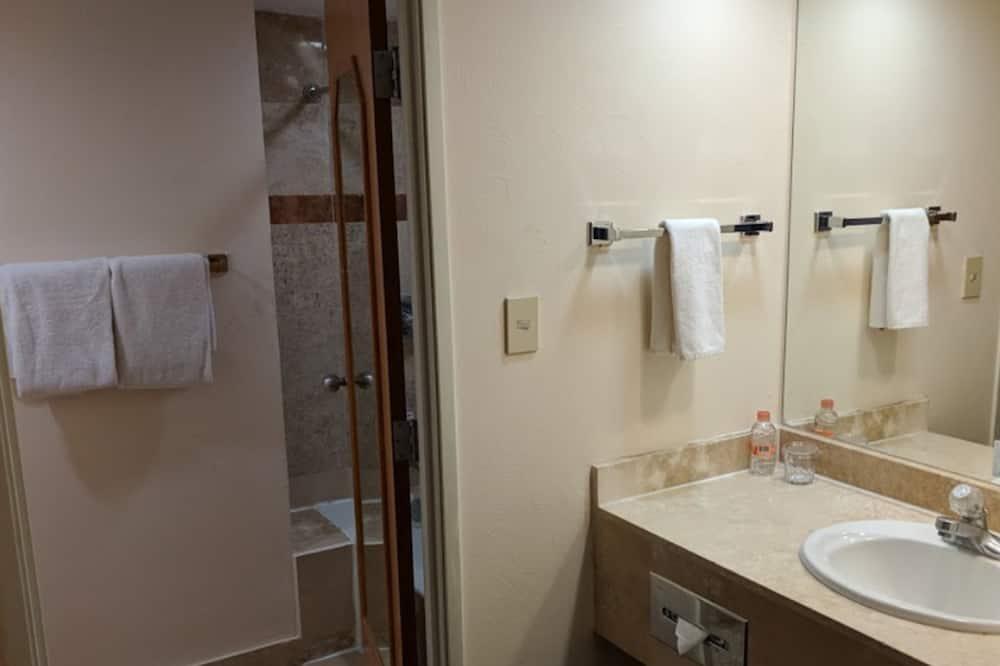 Junior-suite - 2 dobbeltsenge - Badeværelse