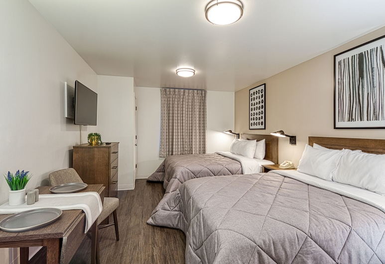 Intown Suites Extended Stay Select Orlando UCF, Orlando, Premium Room, Guest Room