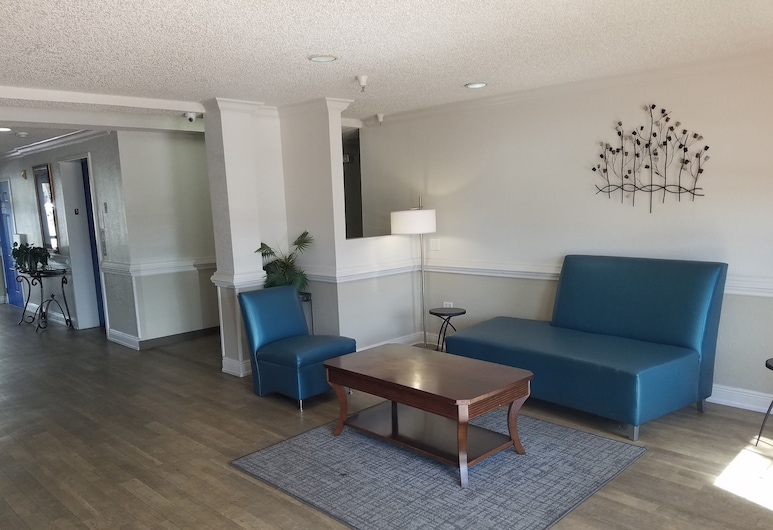 Intown Suites Extended Stay Select Orlando UCF, Orlando, Zitruimte lobby
