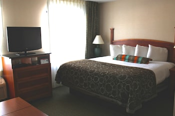 Choose This In-room accessibility Hotel in Grand Rapids
