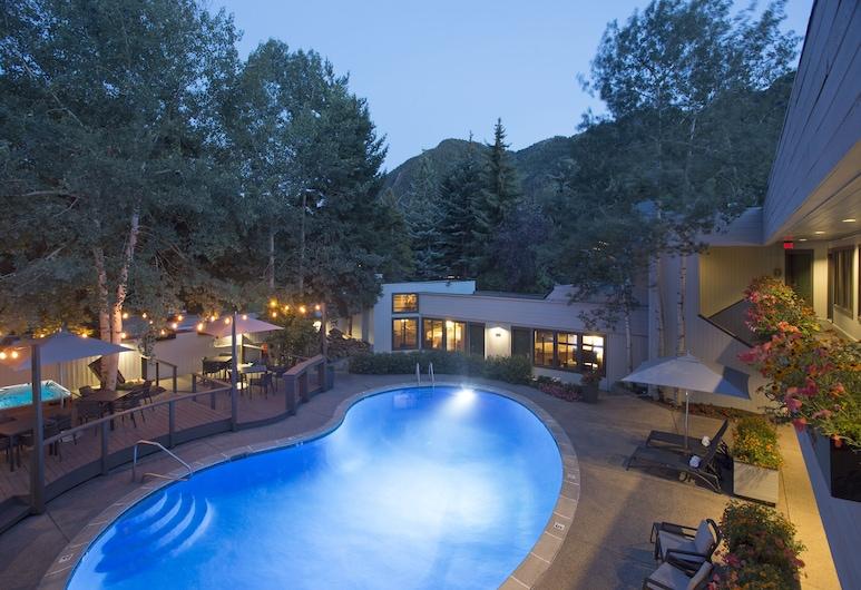 Molly Gibson Lodge, Aspen, Basen odkryty