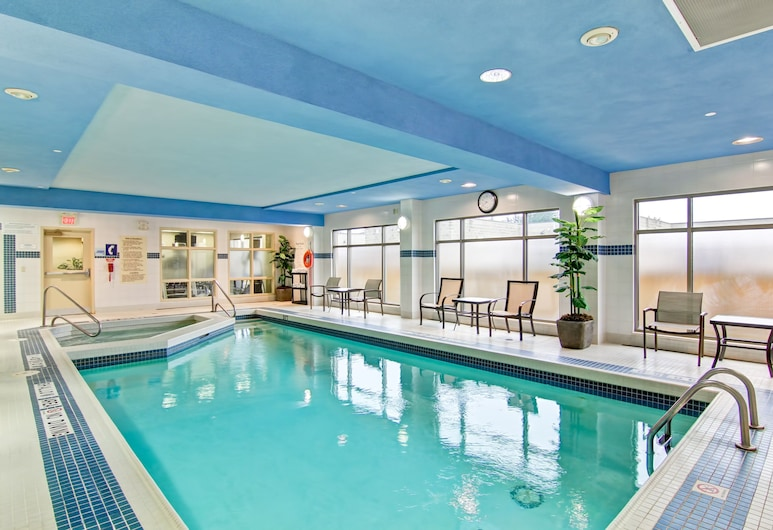 Holiday Inn Express & Suites - Guelph, Guelph, Pool