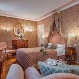 Pokój Deluxe, widok na kanał - Powierzchnia mieszkalna