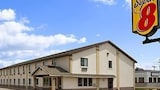Reserve this hotel in Blackwell, Oklahoma