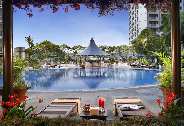 Fairmont Singapore, Singapūras, Lauko baseinas