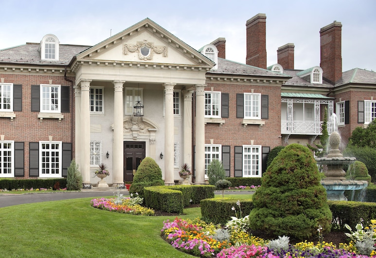 The Mansion at Glen Cove, Glen Cove