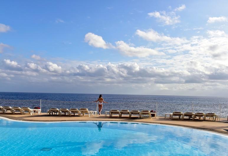 佩斯塔納棕櫚海洋公寓飯店, 芳夏爾, 游泳池