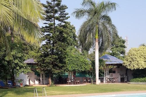 平原渡假村及水療中心/