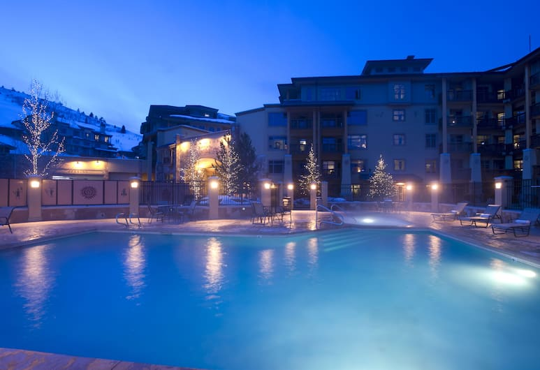 Sundial Lodge, Park City - Canyons Village, Park City, Front of property - evening