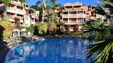 Choose this Apart-hotel in Funchal - Online Room Reservations