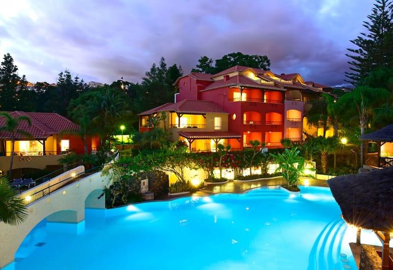 Pestana Village Garden Hotel, Funchal, Overnatningsstedets facade