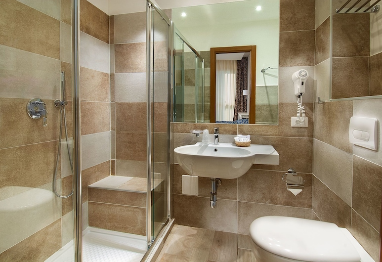 Hotel Mediterraneo, Pesaro, Superior Triple Room, Guest Room