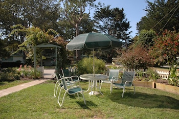 Picture of Carmel River Inn in Carmel