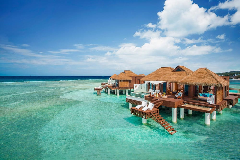 Sandals Royal Caribbean - ALL INCLUSIVE Couples Only