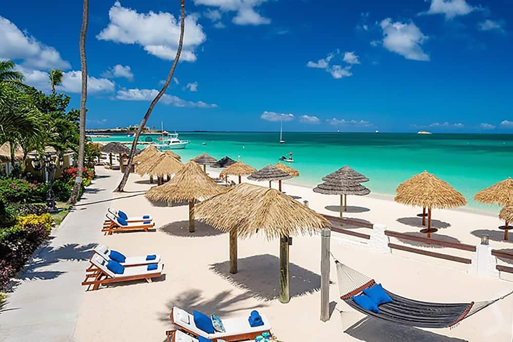 Premium-svíta - 1 svefnherbergi - útsýni yfir hafið (Caribbean Beachfront Butler Rondoval) - Herbergi