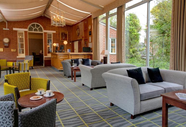 Best Western Moore Place Hotel, Milton Keynes, Lobby