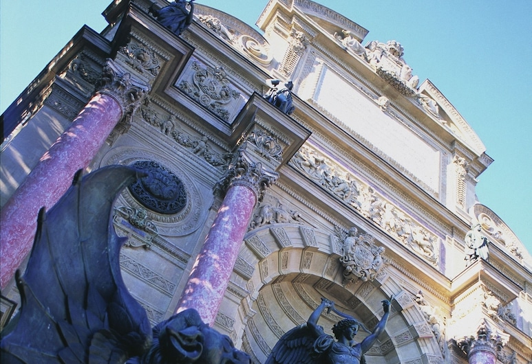 Hotel Royal Saint Michel, Paris, Utvendig