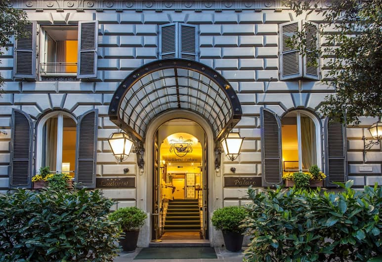 Hotel Ludovisi Palace, רומא, חזית המלון - ערב/לילה