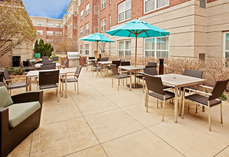 Residence Inn By Marriott Indianapolis Carmel, Carmel, Terassi/patio