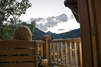 Picture of Brewster's Mountain Lodge in Banff