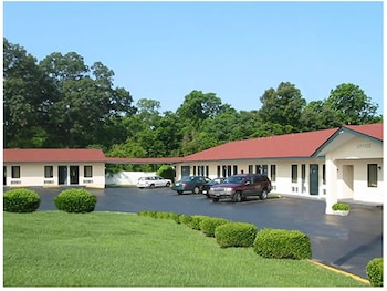 Picture of Passport Inn Perry in Perry