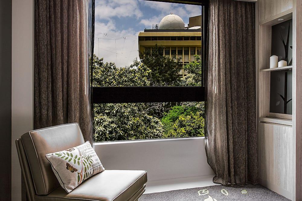 榕 - 客廳