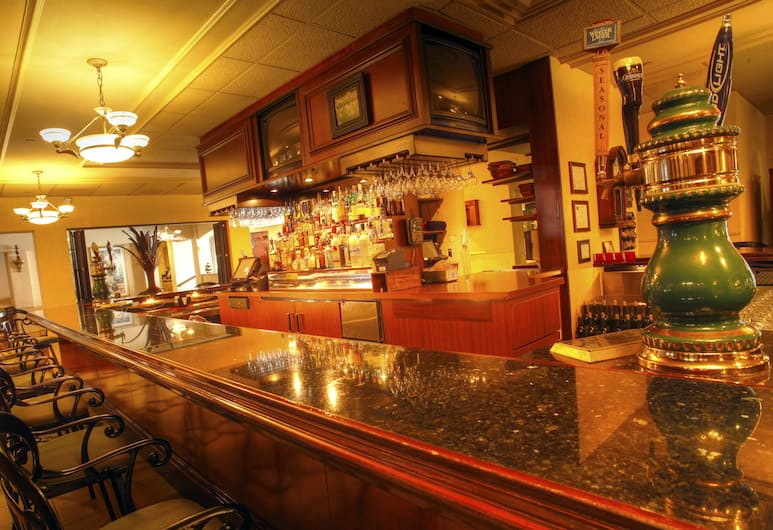 Clarion Hotel Lake Erie, Erie, Hotel Bar