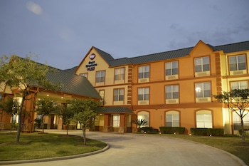 Picture of Best Western Plus Hobby Airport Inn & Suites in Houston