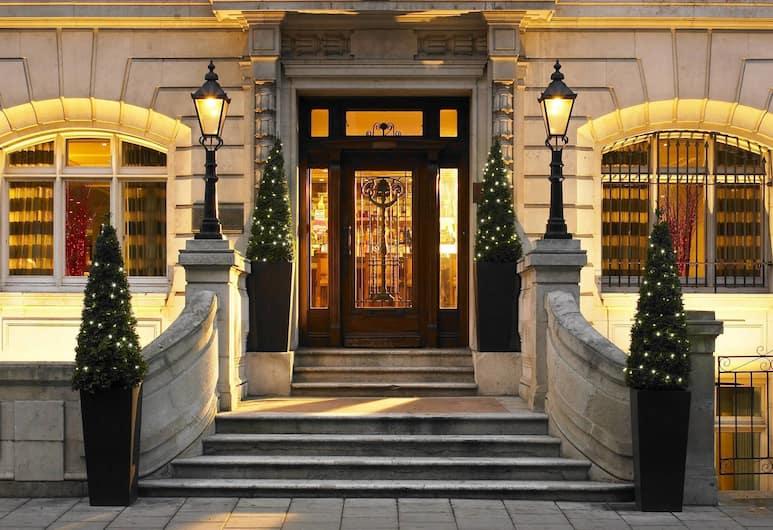 London Marriott Hotel Park Lane, London, Exterior