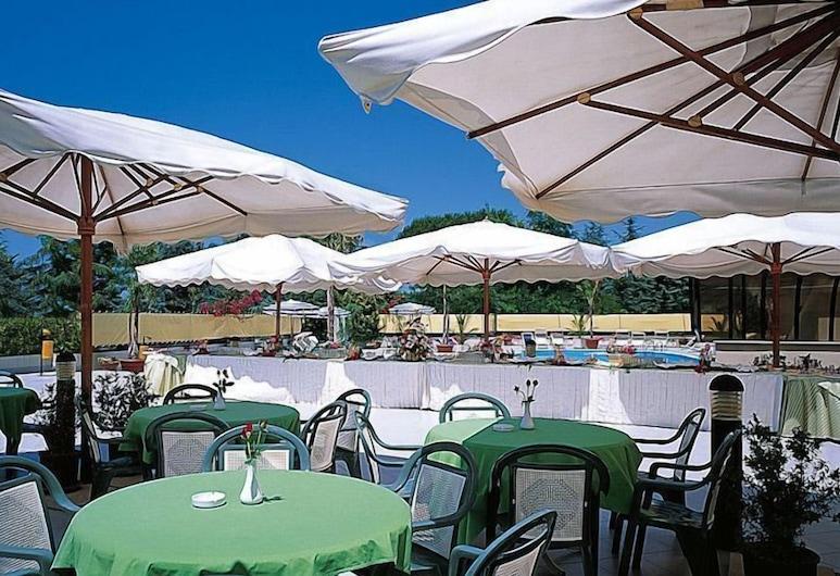 Hotel Clorinda, Capaccio Paestum, Ristorazione all'aperto