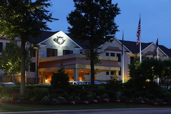 Picture of The Inn At Fox Hollow Hotel in Woodbury