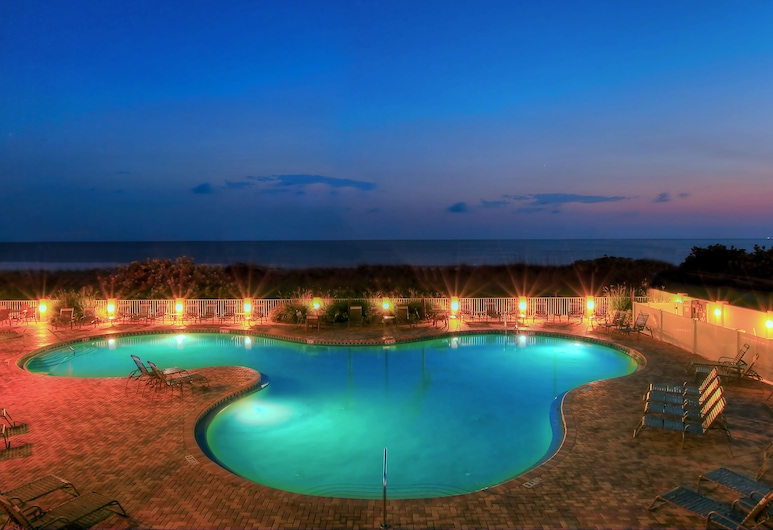 Sunset Vistas Two Bedroom Beachfront Suites, Isola del Tesoro, Piscina all'aperto