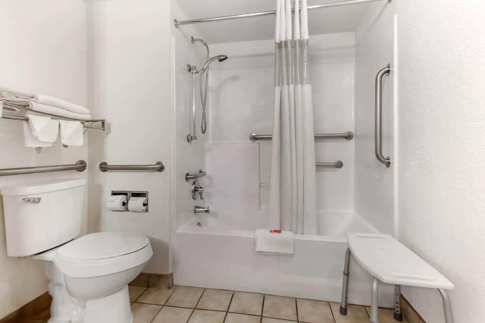 Standard Room, 1 King Bed, Accessible, Refrigerator & Microwave - Bathroom