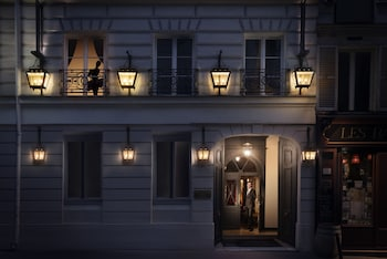 파리의 메종 아테네 사진