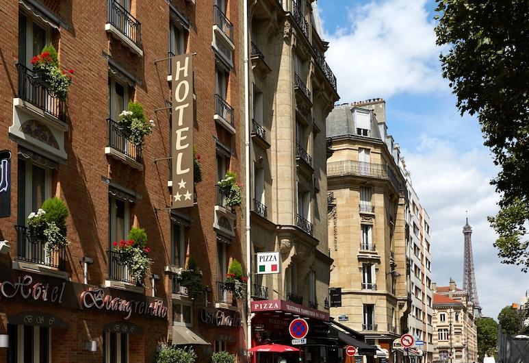 Hôtel Beaugrenelle Saint-Charles, Paris, Façade de l'hôtel
